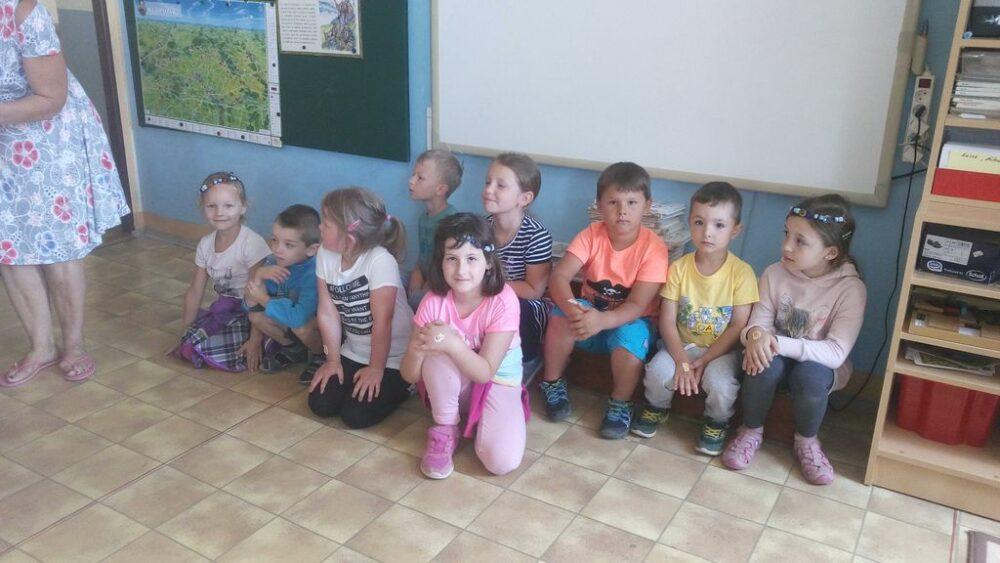 Návštěva školy, rozloučení s předškolačkami 22. 6. 2017