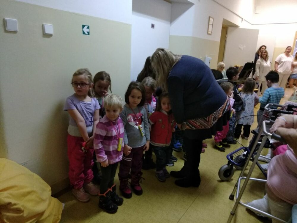 Zpívání pro pacienty v nemocnici 18. 12. 2018