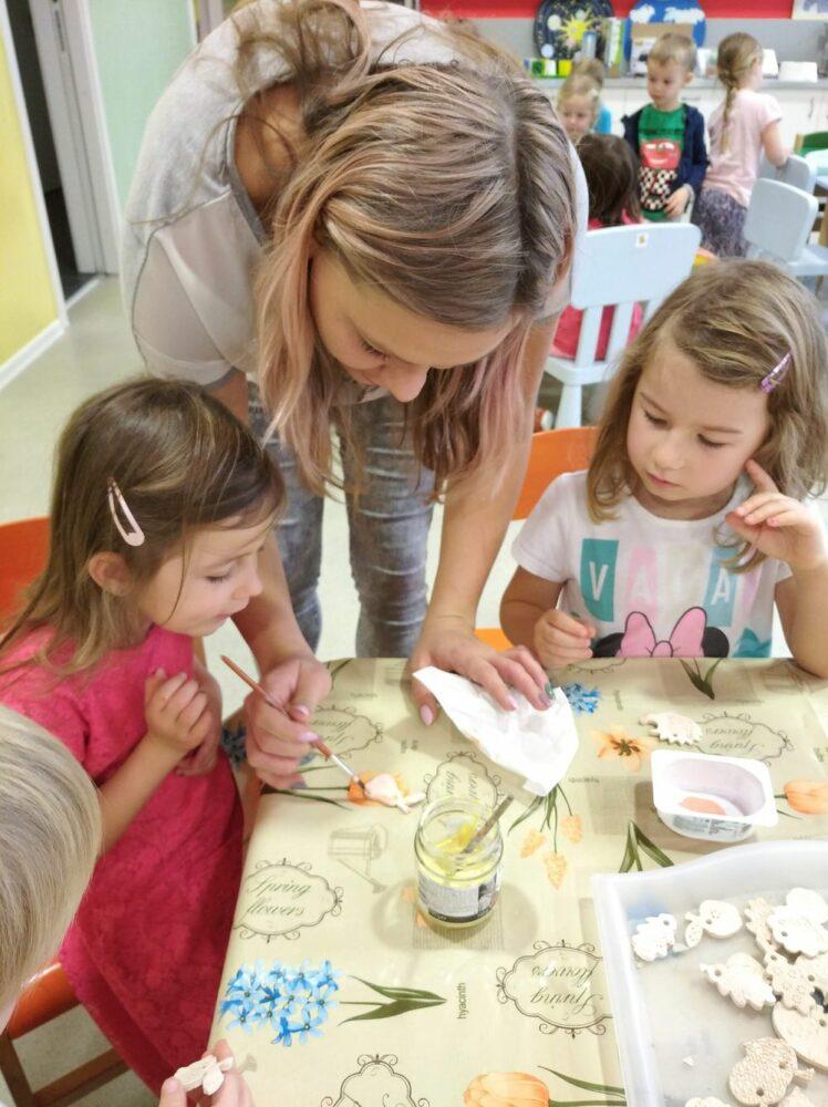 13. - 18. 11. Glazování keramiky + centra aktivit
